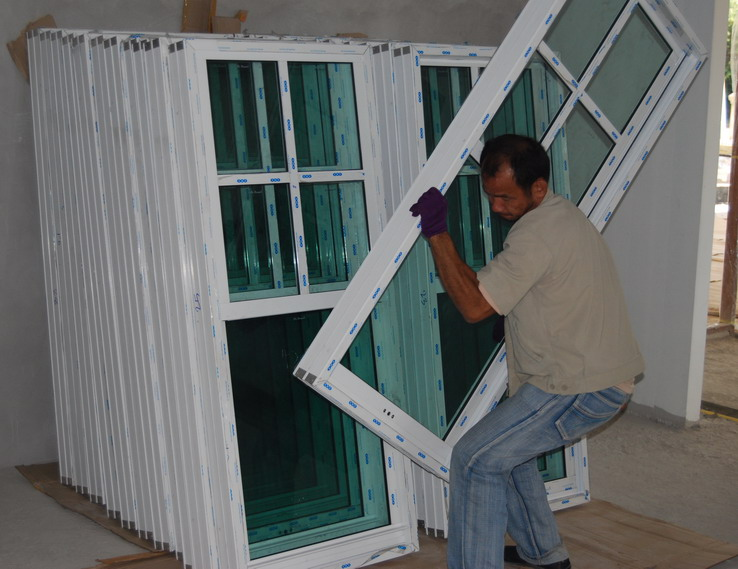 Best window brand available in thailand real estate for What is the best window brand