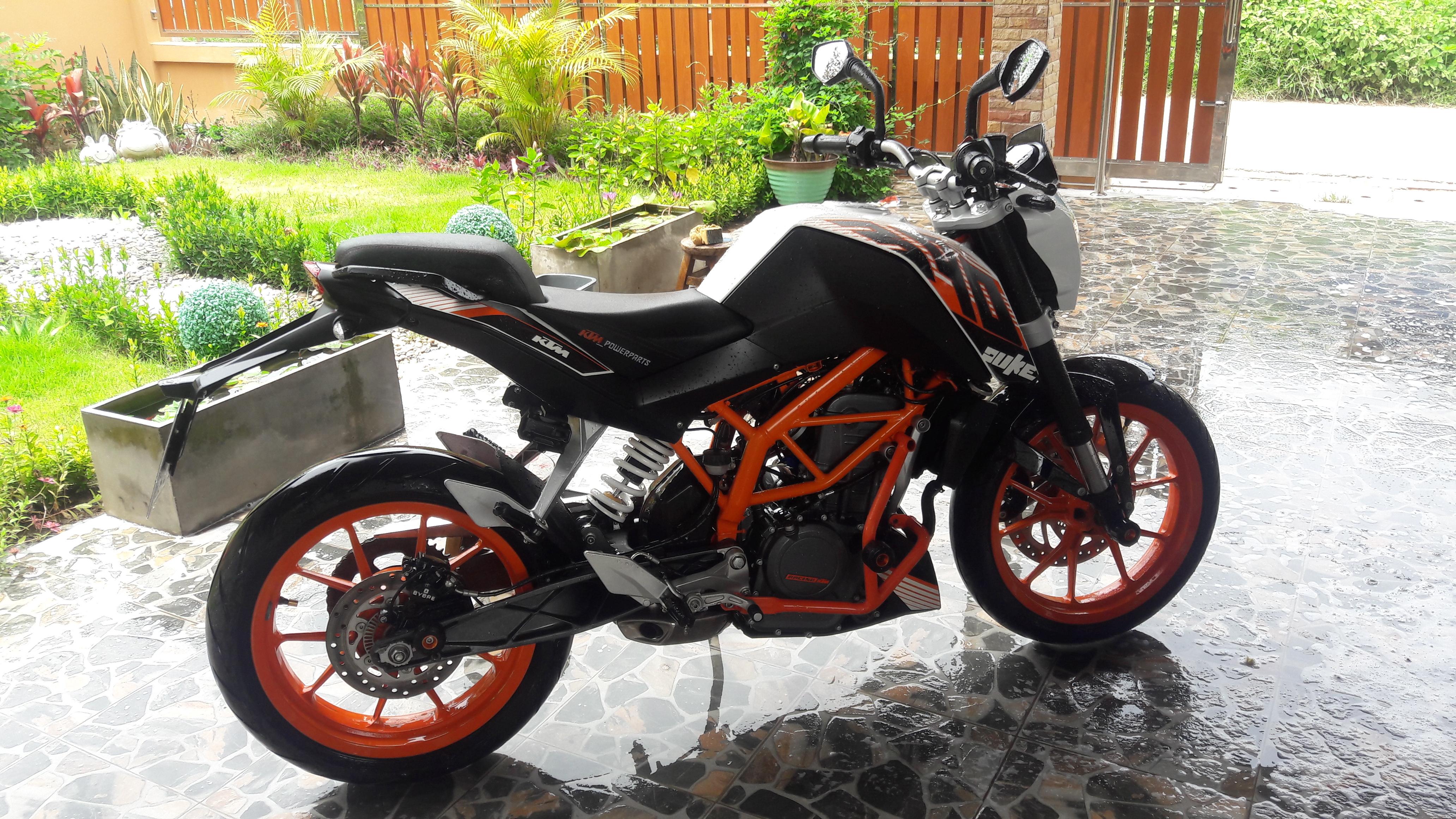 2014 ktm duke 390 for sale bikes for sale in thailand thailand visa forum by thai visa. Black Bedroom Furniture Sets. Home Design Ideas
