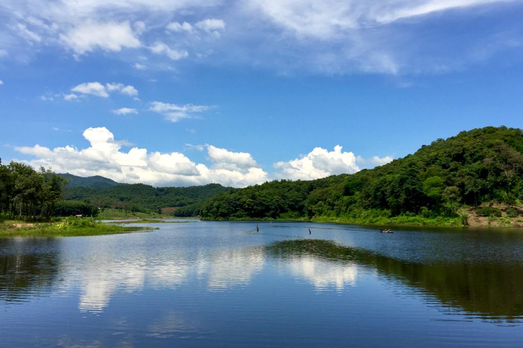 Dam walk - 1.jpg
