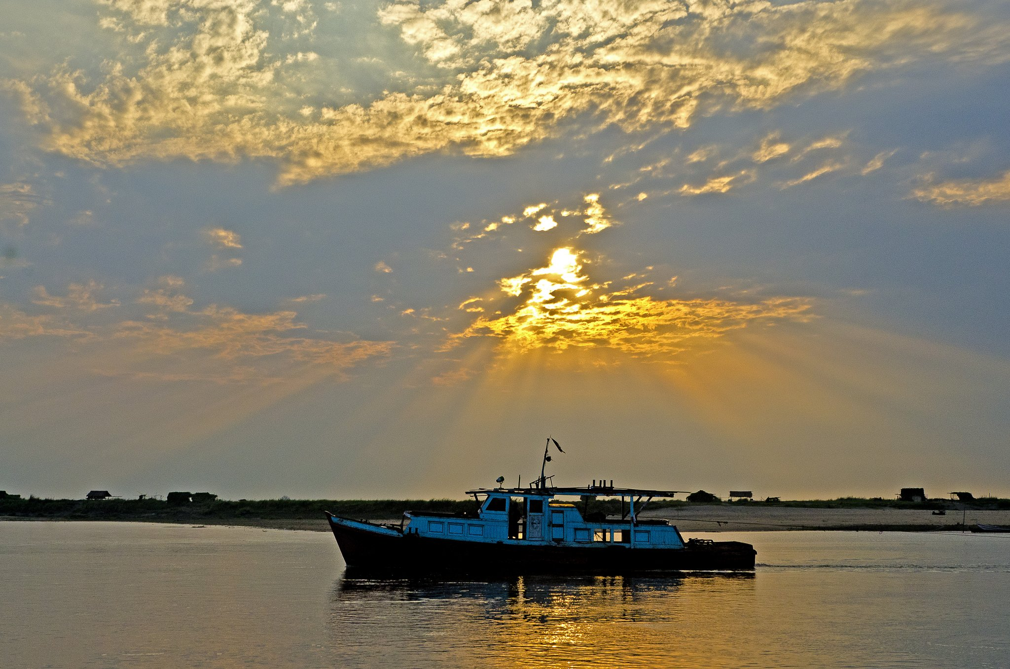 Sunrise on the Irrawaddady River.jpg