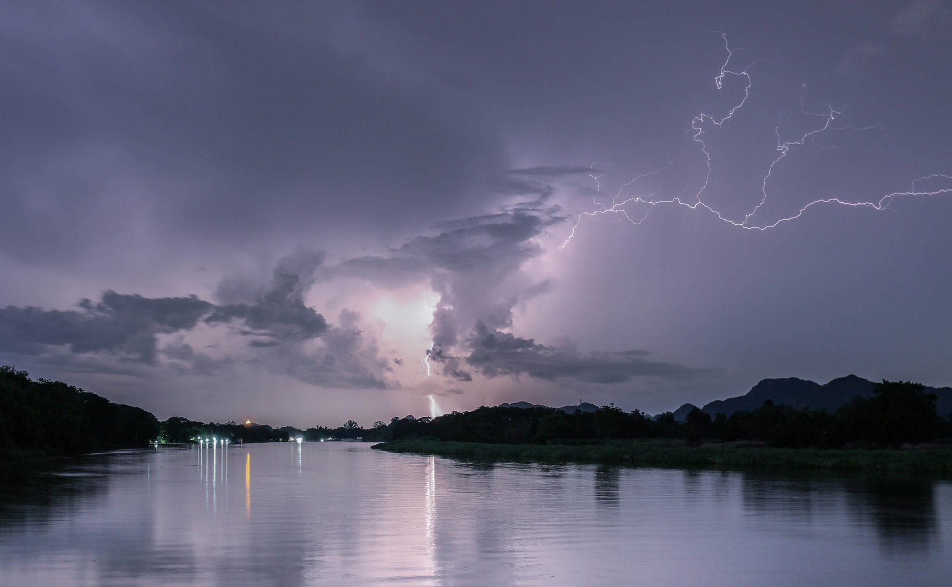 river kwai thunder 2048px.jpg