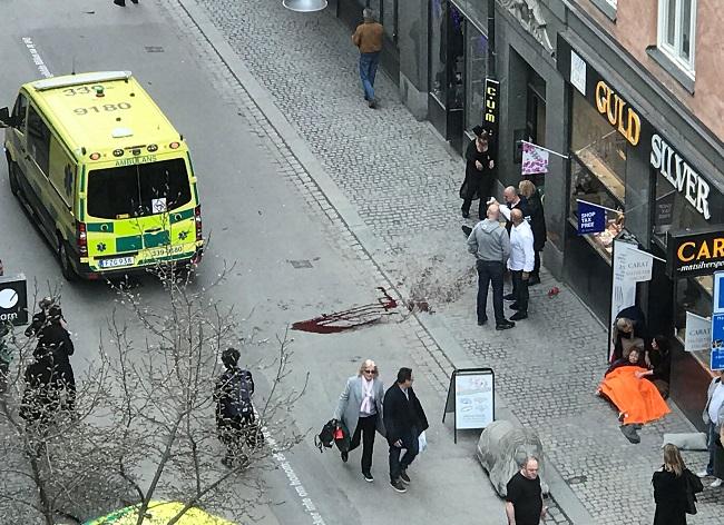 Swedish media: Truck crashes into Stockholm store, 3 dead