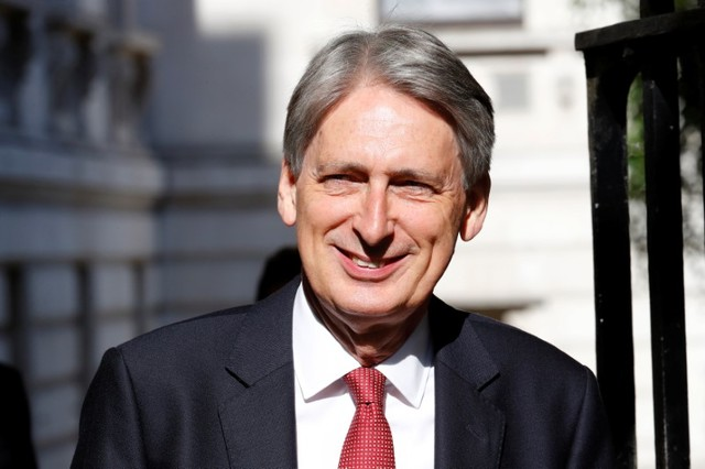 Britain's Hammond to push for United Kingdom to stay in EU customs union