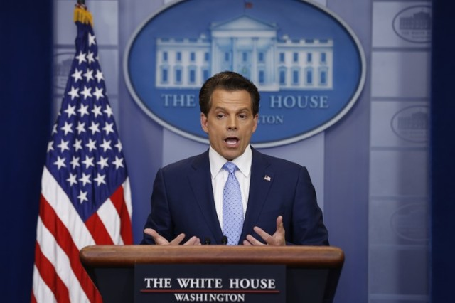 Scaramucci Ends First Presser with a Kiss to the Media