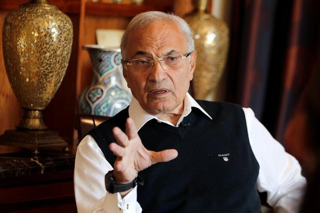 UAE 'deporting' Egypt presidential hopeful Shafiq to Cairo: aides
