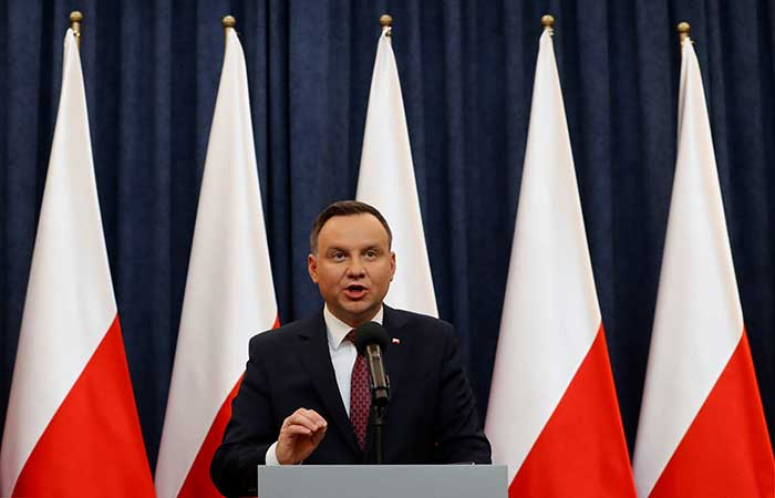 Polish PM to announce cabinet reshuffle on Tuesday