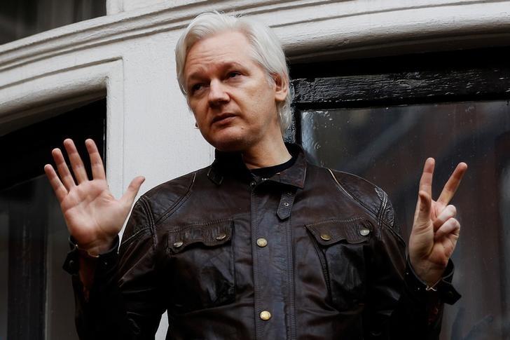 Ecuador Seeks Arrangement for Julian Assange to Leave London Embassy