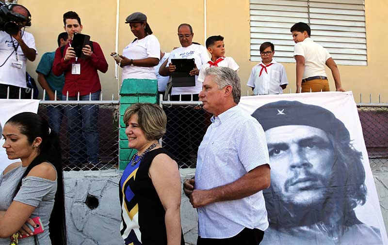Cubans go to polls in legislative elections