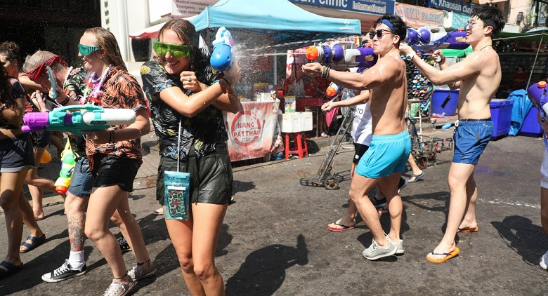 Thailand marks the Songkran festival with a water fight