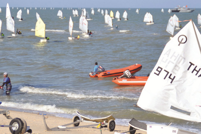 sailing-club-hua-hin-welcomes-2017-regatta.jpg