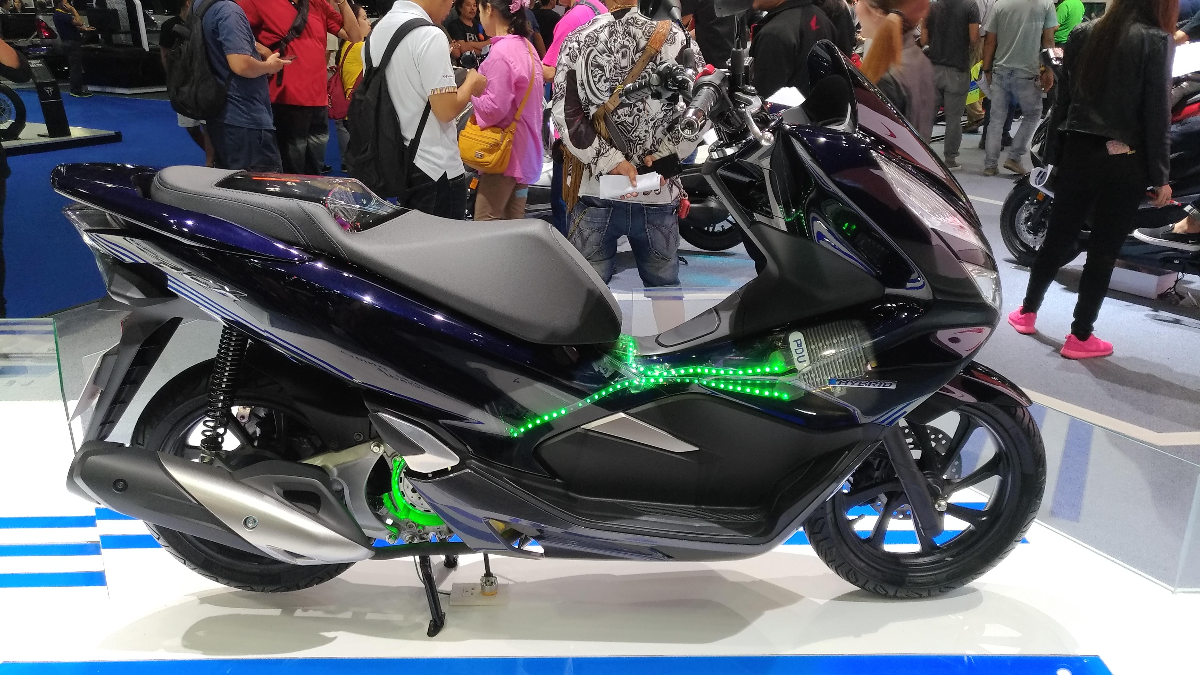honda motorcycles thailand pcx. Black Bedroom Furniture Sets. Home Design Ideas