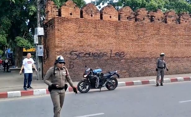 0_Briton-and-Canadian-Arrested-for-Tagging-Graffiti-on-Chiang-Mais-Famous-Tha-Phae-Gate-Wall.jpg