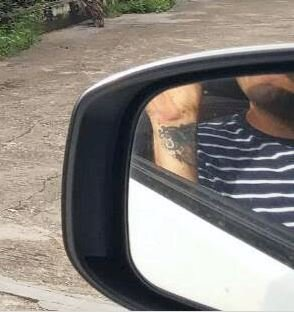 Thierry wing mirror.JPG