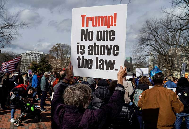 2019-02-18T200947Z_1_LYNXNPEF1H12H_RTROPTP_4_USA-TRUMP-PROTESTS.JPG