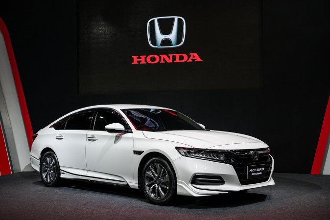 Honda Accord Forum >> Honda Gets Over 4 000 Orders For New Accord Thailand Motor Forum