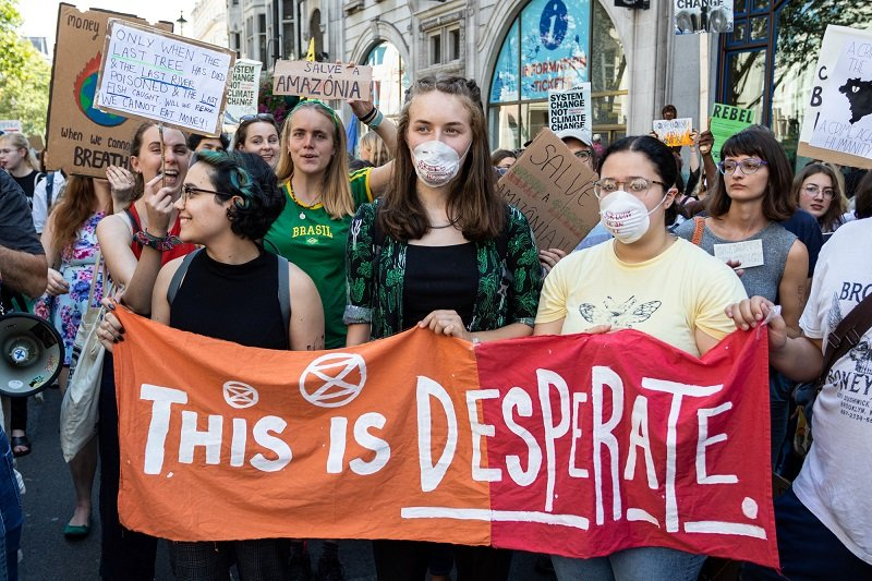 2019-08-23T214304Z_1_LYNXNPEF7M1WP_RTROPTP_4_BRAZIL-ENVIRONMENT-PROTESTS-BRITAIN.JPG