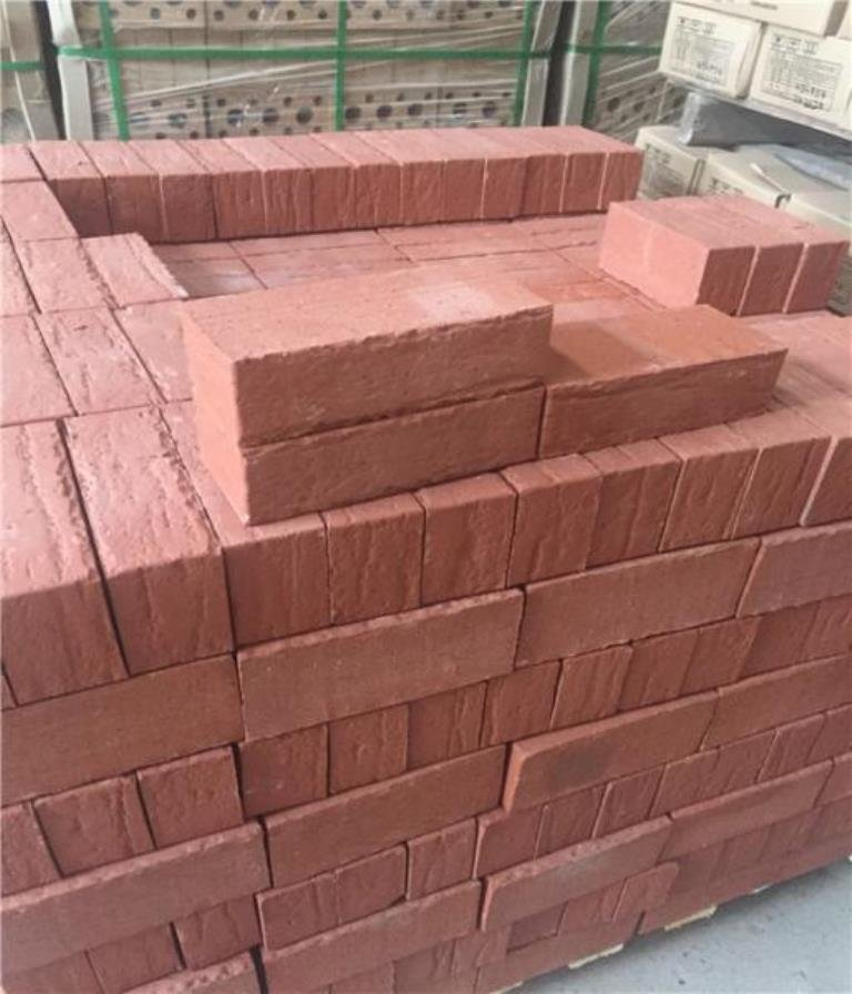 red_solid_clay_brick_with_antique_brick_face_for_house_building_wall_constructio[1].jpg