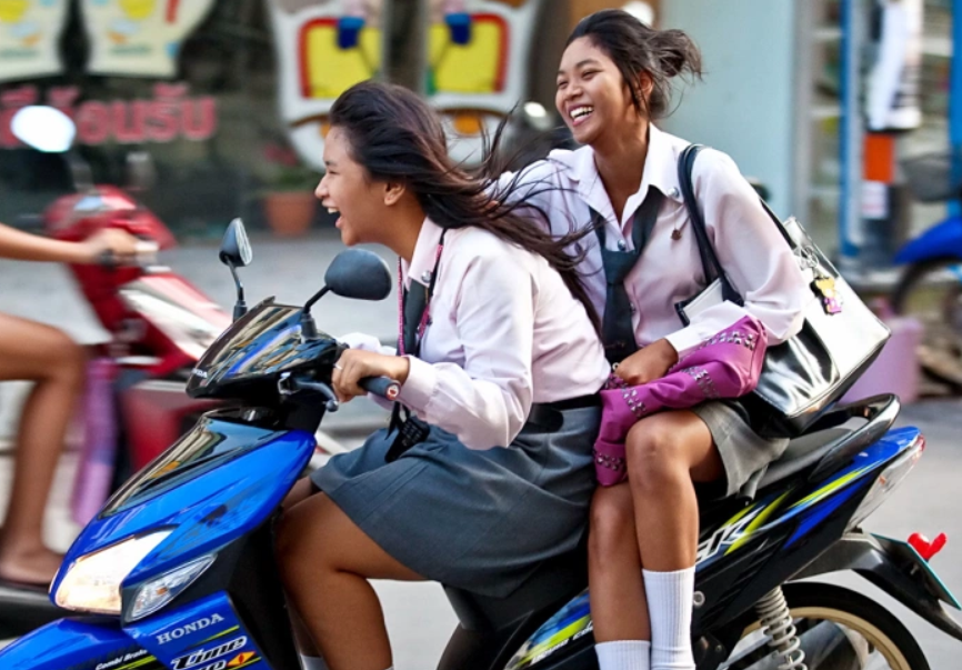 2020-05-22 06_13_02-Thai Girls Side Saddle.png
