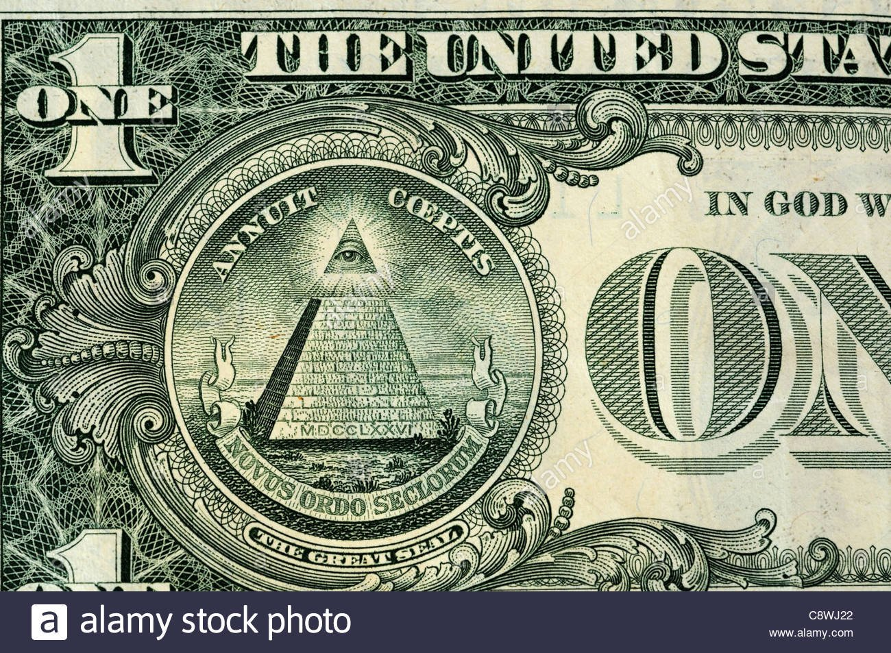 the-pyramid-great-seal-on-the-us-dollar-C8WJ22.jpg