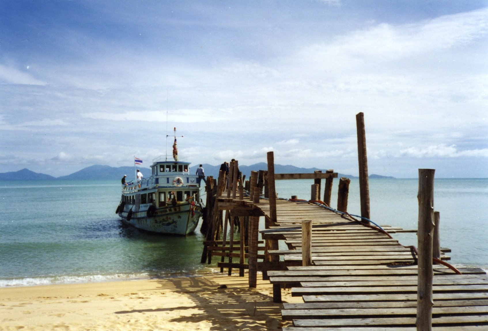 PIER AT MAE NAM BEACH 1999.jpg