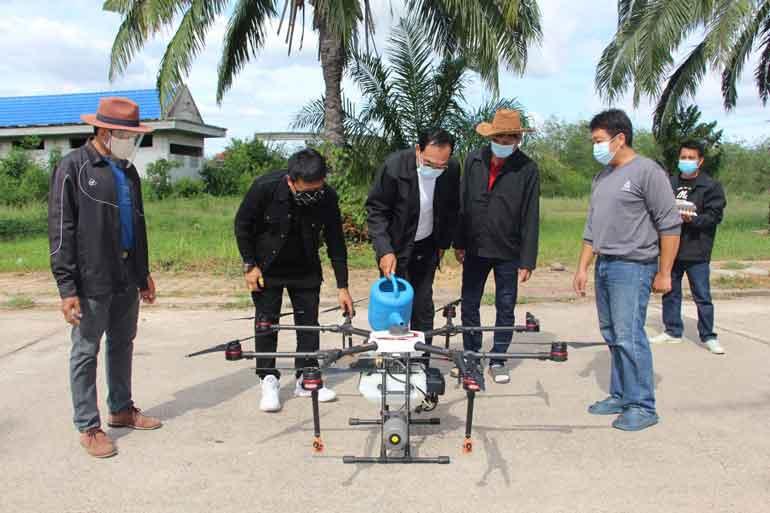 Thailand: Drohnen, die Alkohol versprühen, sollen bei der Bekämpfung von COVID-19 helfen